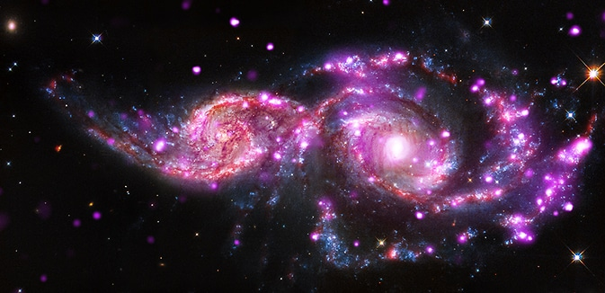 galaxias de colores morado
