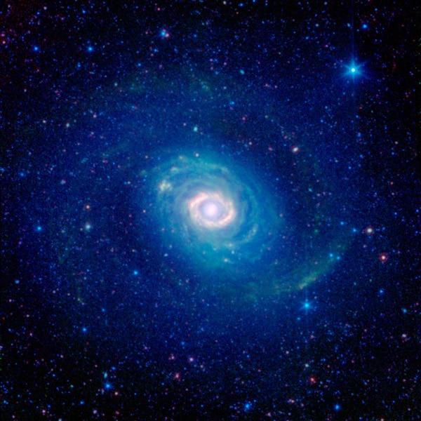 galaxias de colores azul