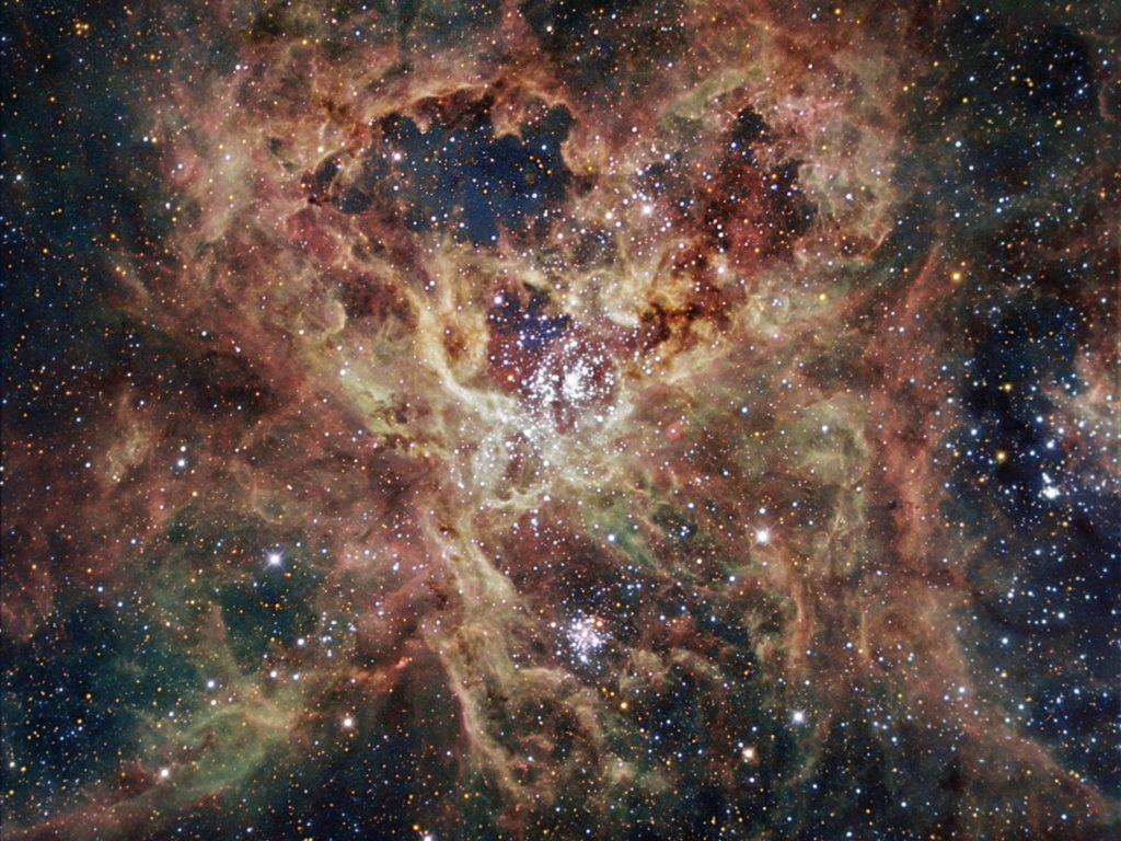 ejemplo de nube de magallanes como galaxia irregular