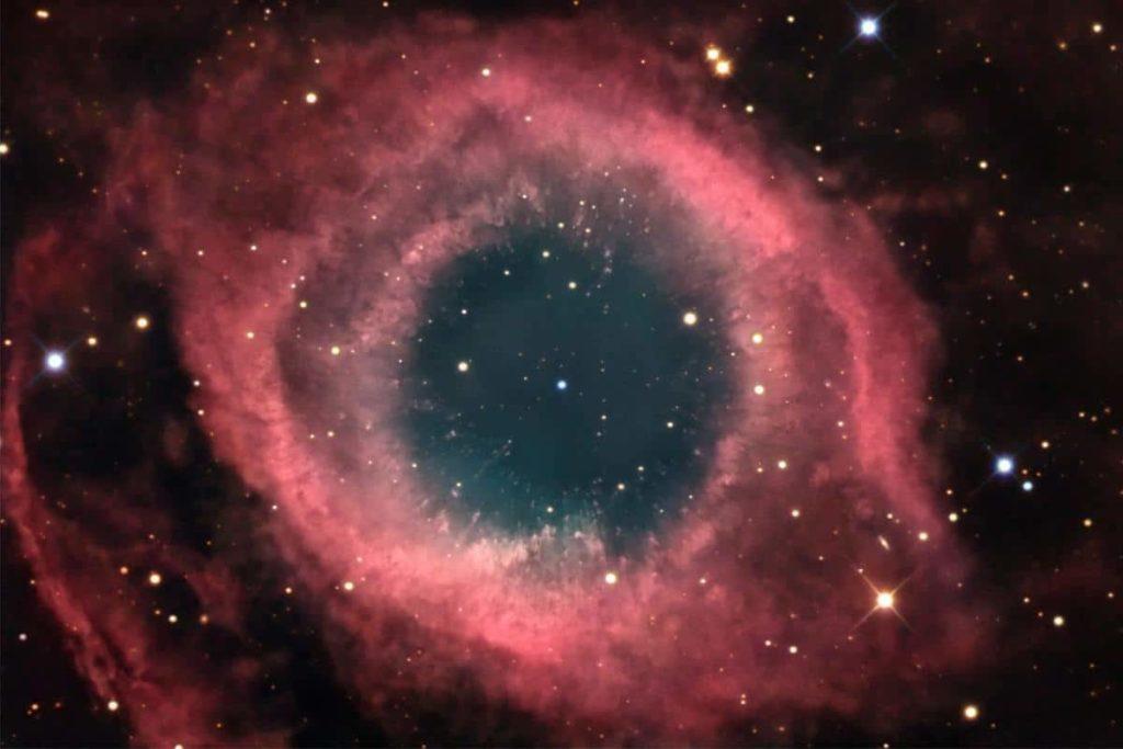 nebulosa ojo de dios pupolar