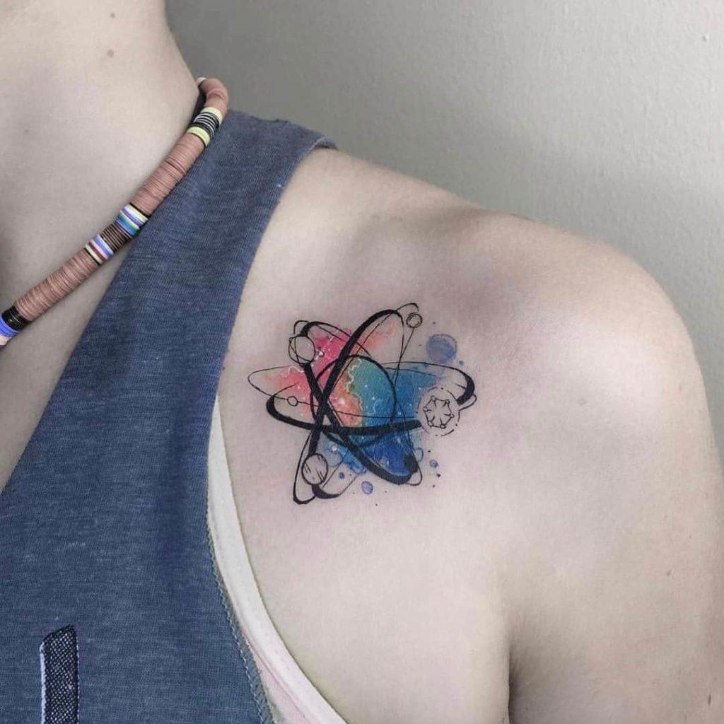 tatoo del espacio exterior