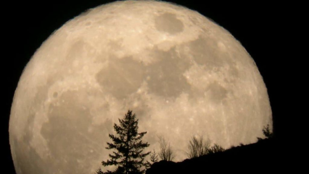 Cuál-es-la-luna-mas-grande-del-sistema-solar 1