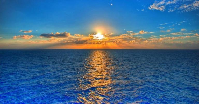 El Sol sale en España