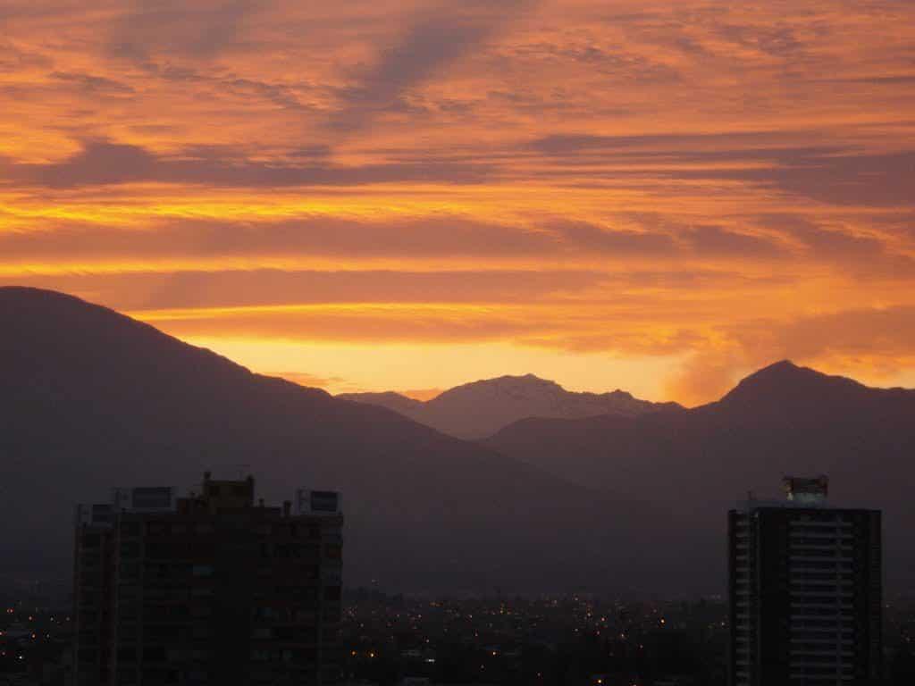 El Sol sale por dónde en Chile