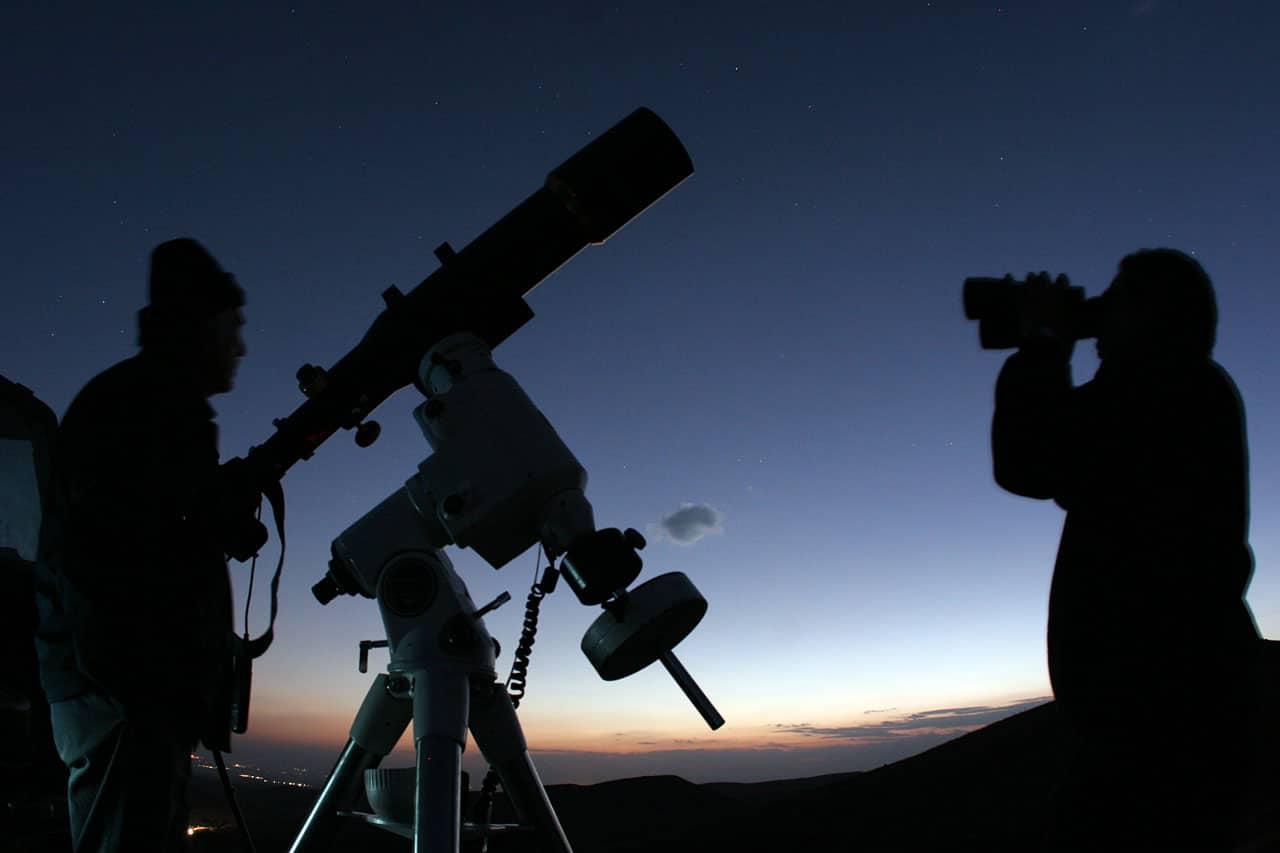 cuántas lunas tiene Venus 9