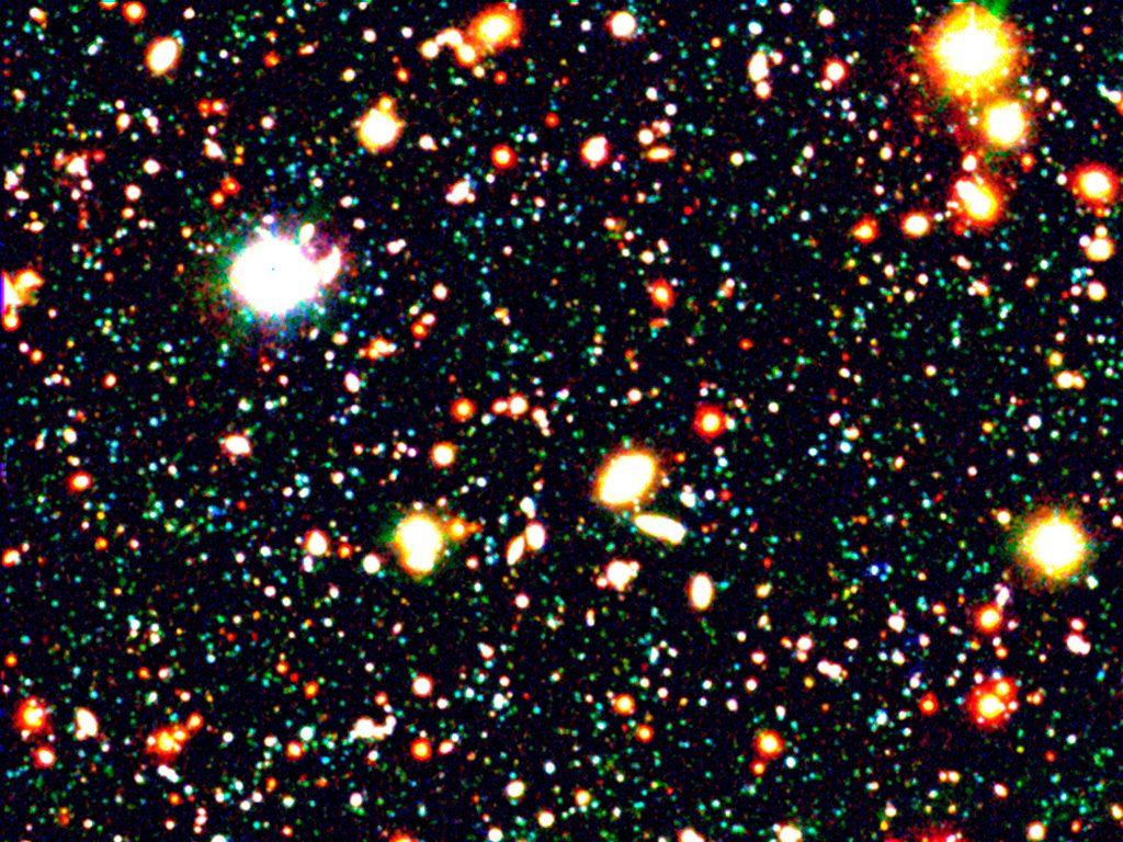 cúmulo de galaxias extremas