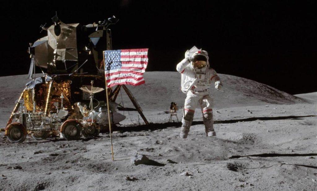 en la luna