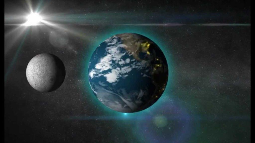 es la luna un planeta