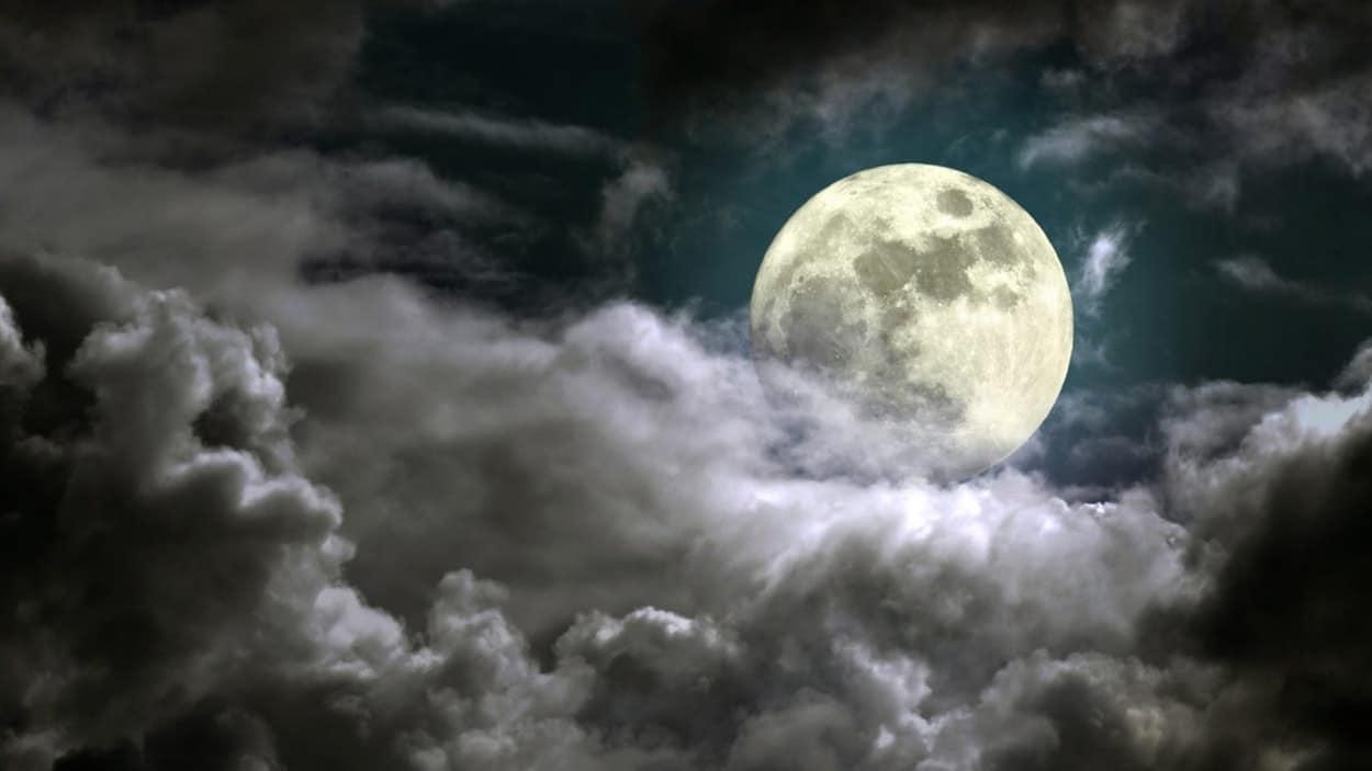 forma-de-la-luna.4jpg