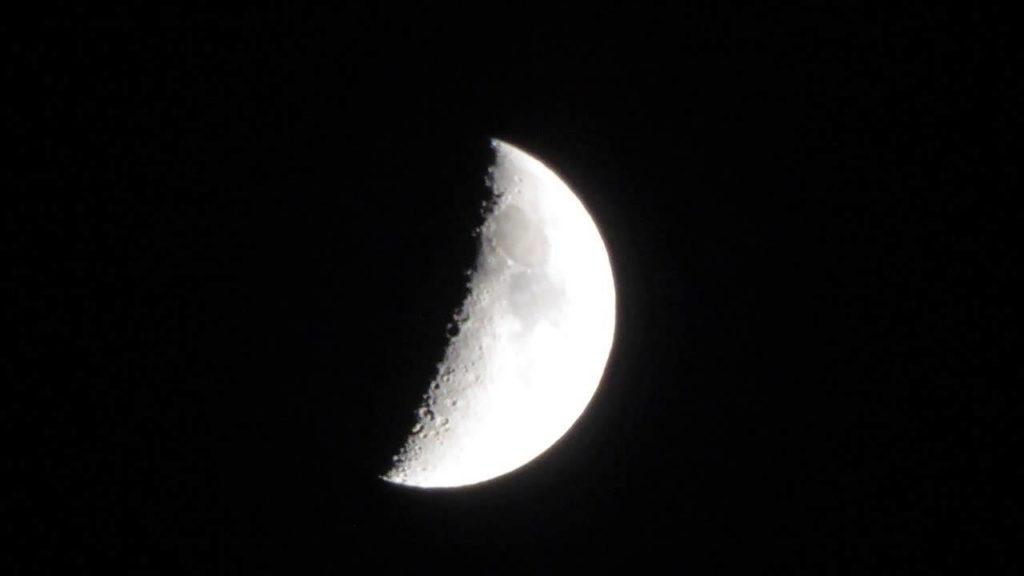 por-que-la-luna-cambia-de-forma 6
