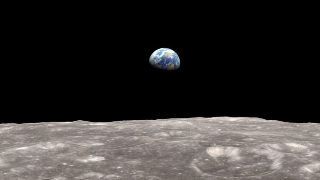 por-que-la-luna-es-un-satelite 2