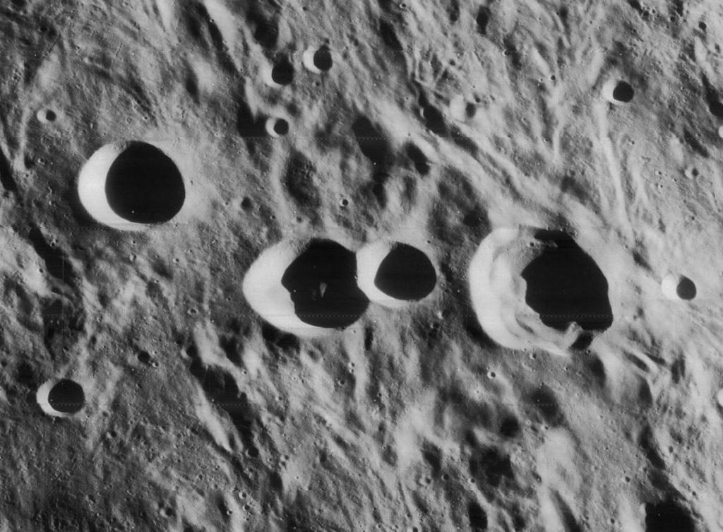 por-que-la-luna-tiene-crateres 2