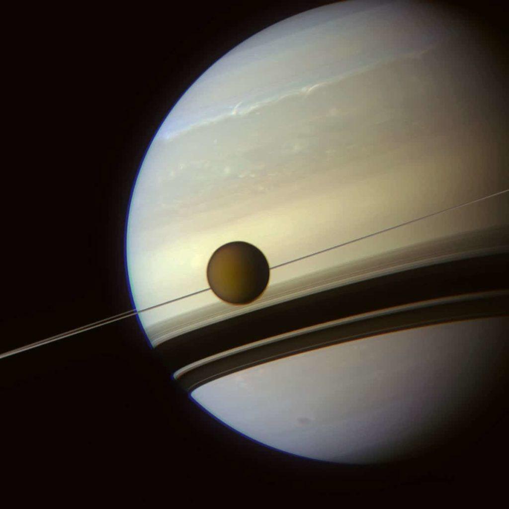 Satelites-naturales 18