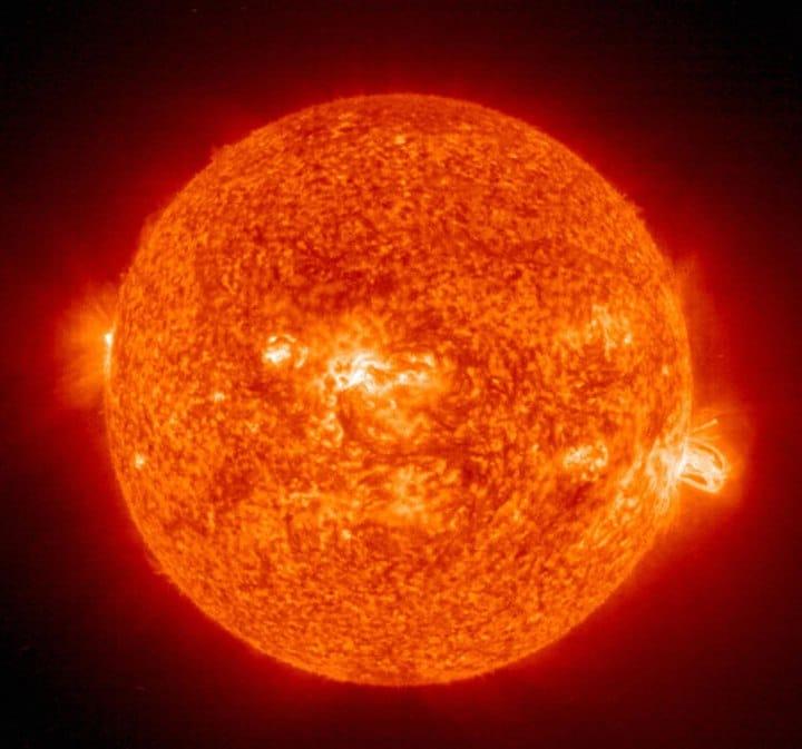 Forma del sol achatado