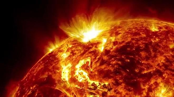 el sol es un satélite