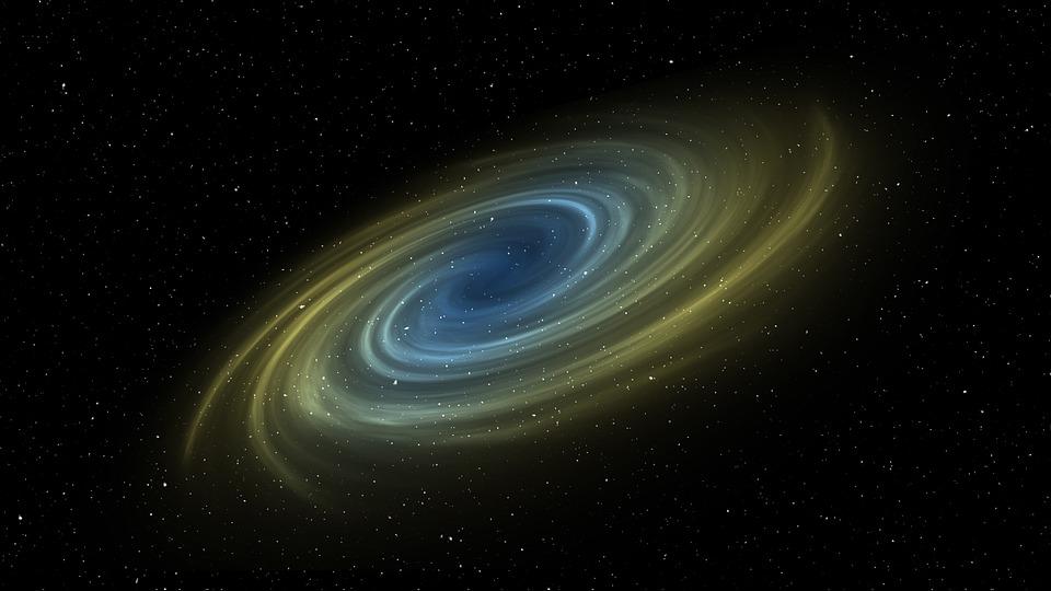 galaxia espiral comparación con antena