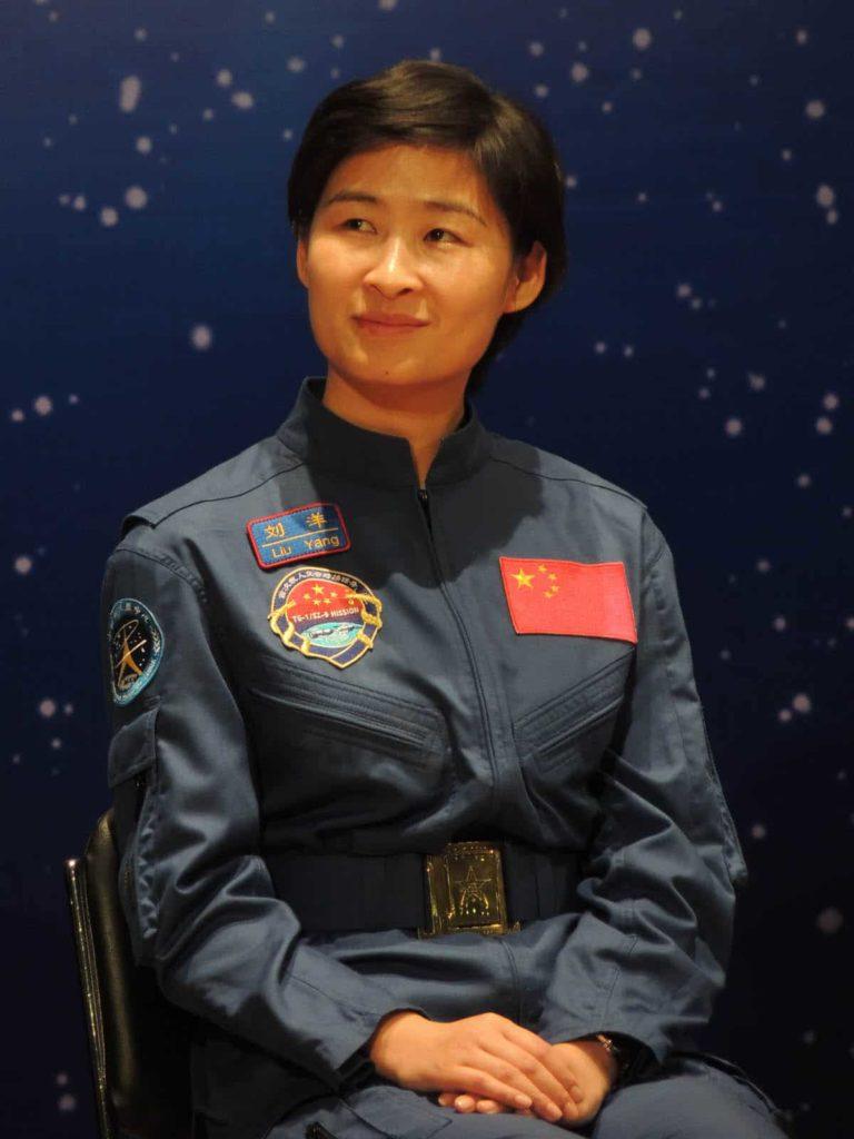 mujer-astronauta-11