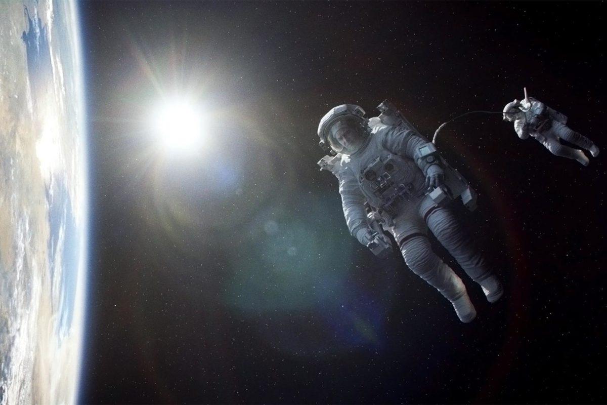 por-que-los-astronautas-flotan4