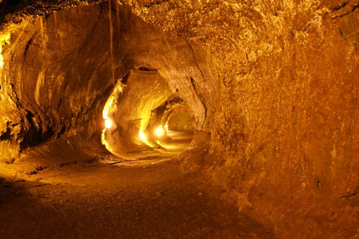 Cuevas lunares 8